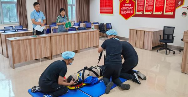 我院在芜湖市第一届急诊急救技能大赛中荣获佳绩